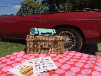 Picnic rugs and children's crafts