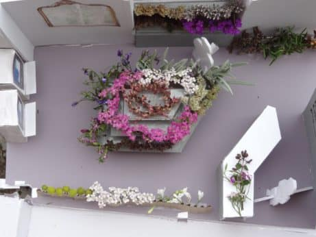Flower shop scale model