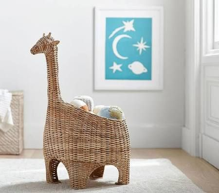 Giraffe shaped toy basket